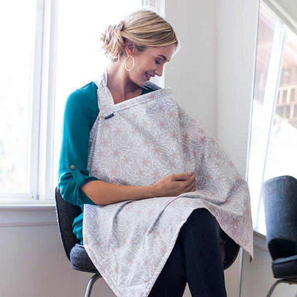 Monet Bebe au lait nursing cover