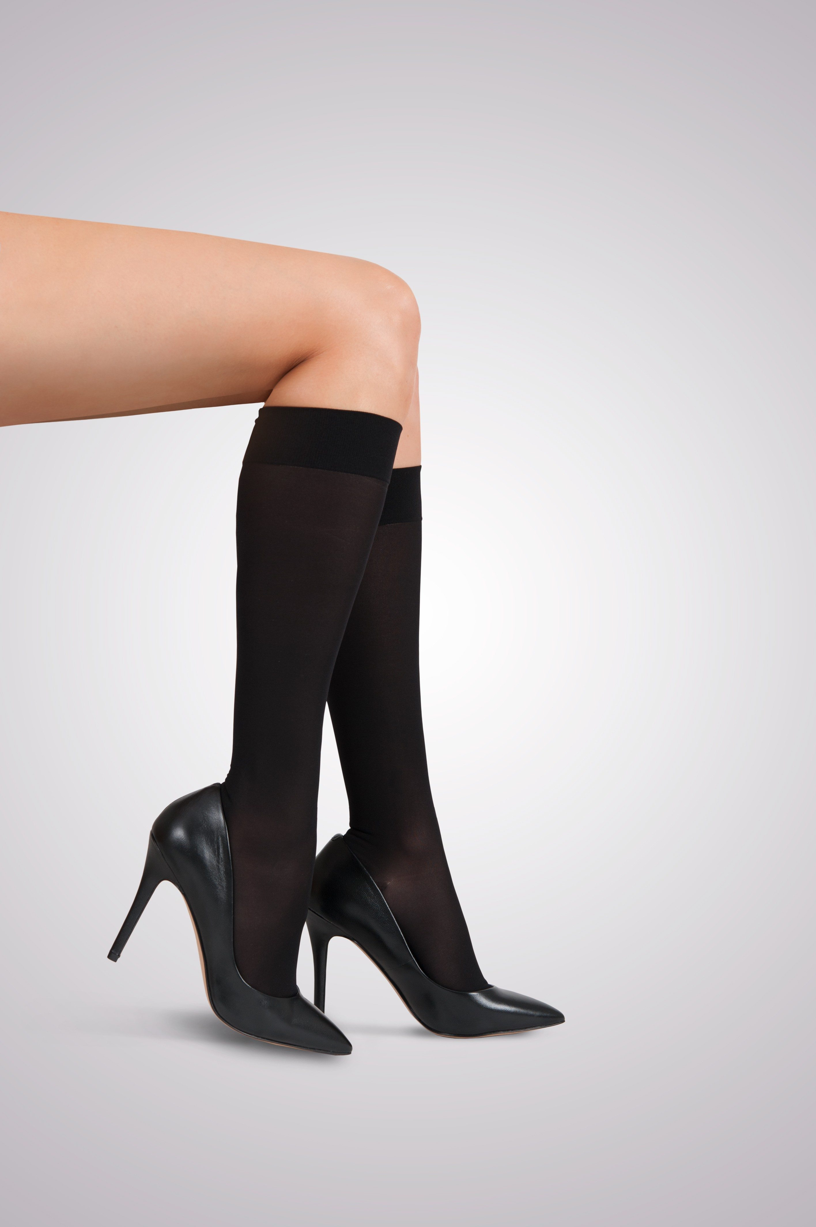 Gabrialla graduated compression knee highs