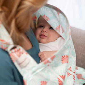 Bebe au lait nursing cover Alexandria