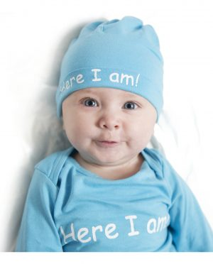 baby romper and hat set close