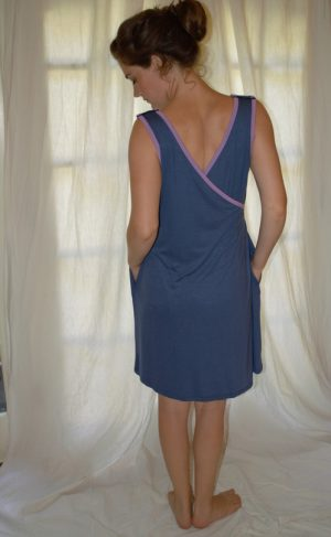 BG Style Birthing Gown back