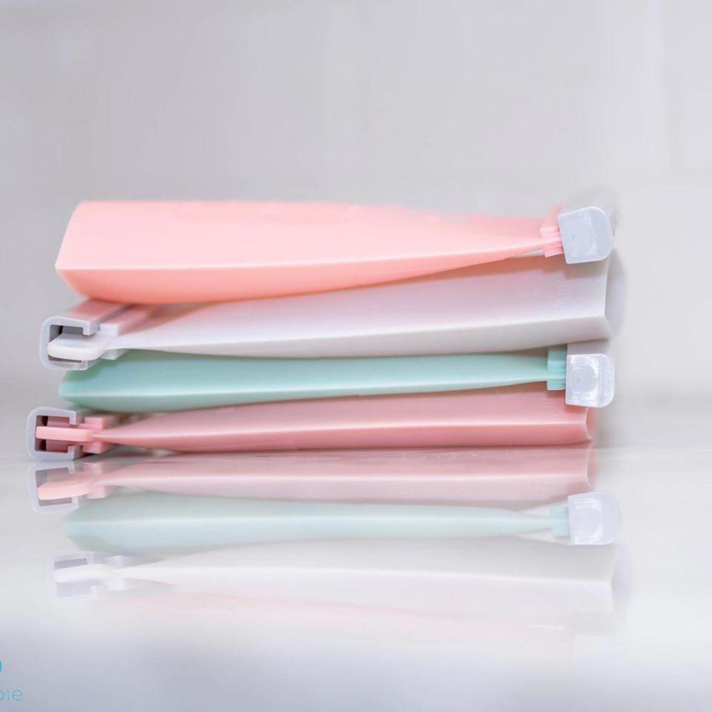 Junobie Breastmilk Storage Bags Lay Flat